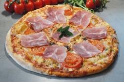 pizza se Schwarzwaldskou šunkou